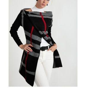 Sweaters - Black Plaid Single button cardigan